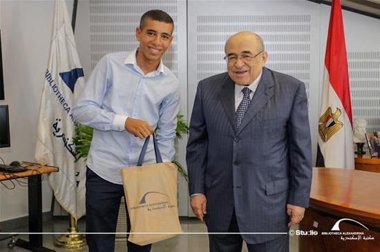 Dr. Elfeki with Ibrahim Abdel Nasser, the 'Fresca' vendor - 14 September 2020