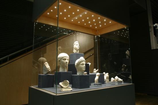 من مقتنيات متحف الآثار